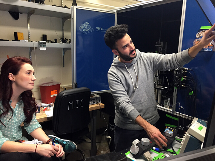 Rebecca Voglewede (student from Tulane University, Mostany Lab) and Ben Shababo (lab guide and Berkeley Neuroscience PhD Program student, Adesnik Lab)